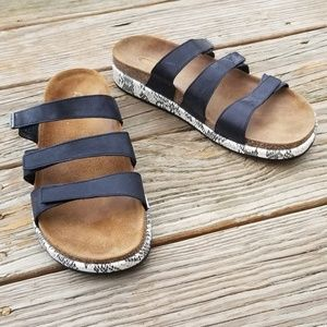 Aetrex Isabelle Snakeskin Sandals Shoes 9 9.5